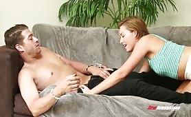 سكس قوي وممتع ومثير شاب مع حبيبته