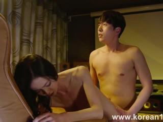 بنت آسيوية كورية مثيرة جدا مع حبيبها
