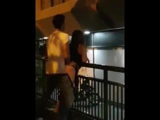 سكس عنيف مراهقة بتتناك في الشارع